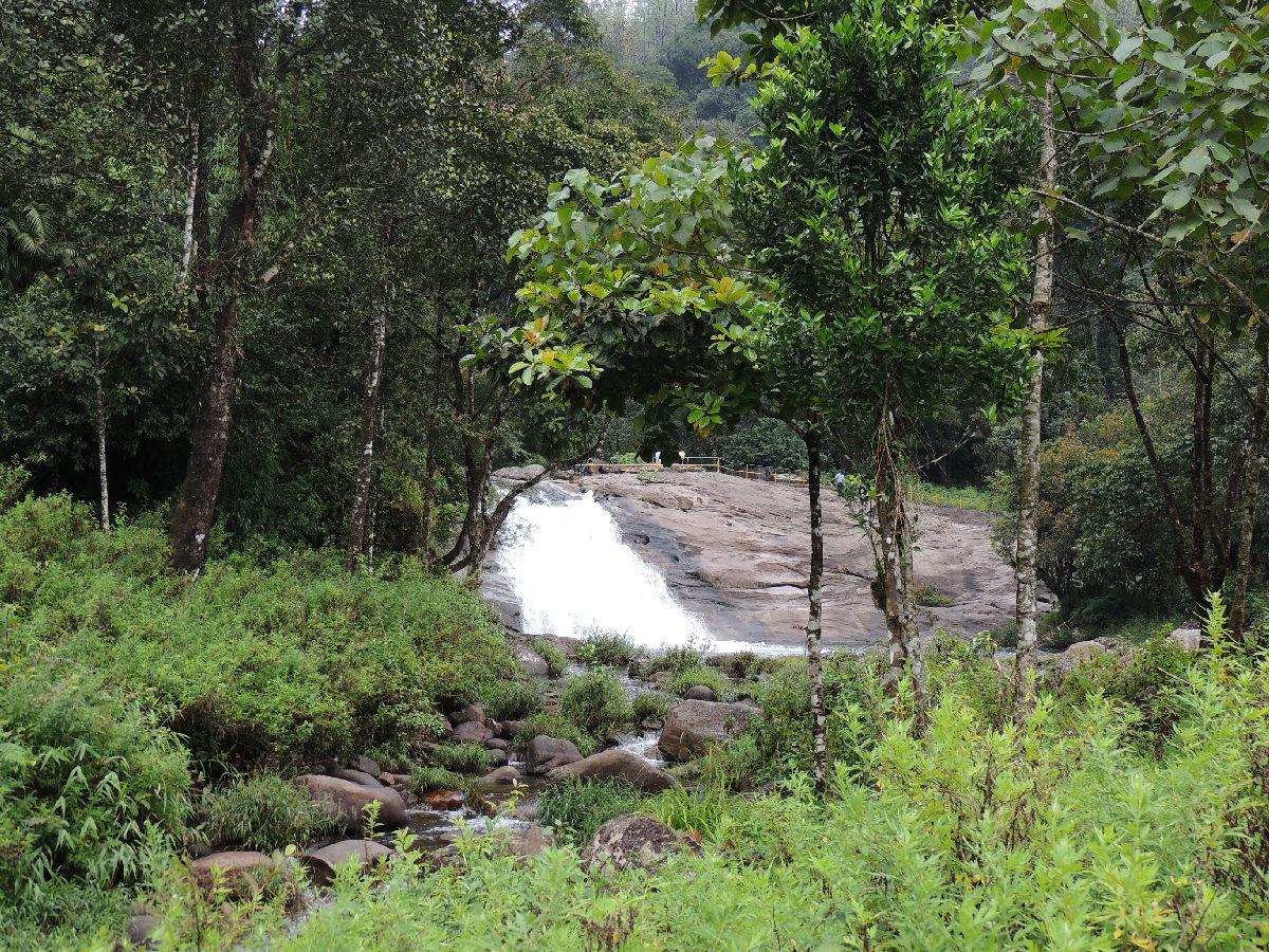 Chinnakallar Falls