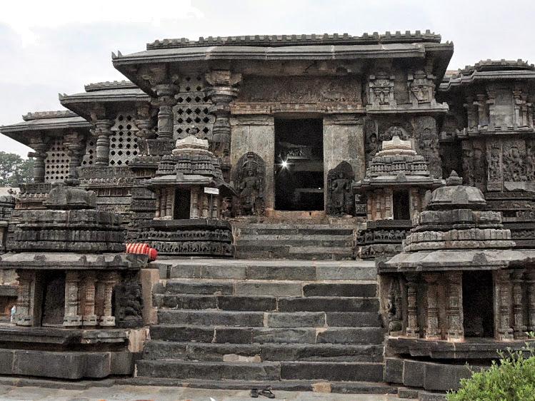 Hoysaleshwar Temple