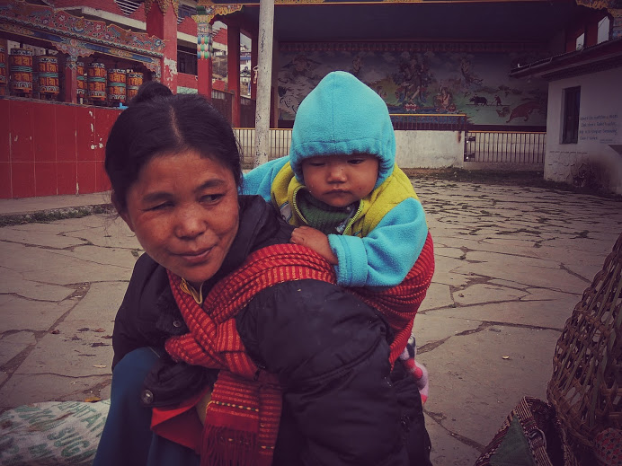 Mother and child in Tawang Market