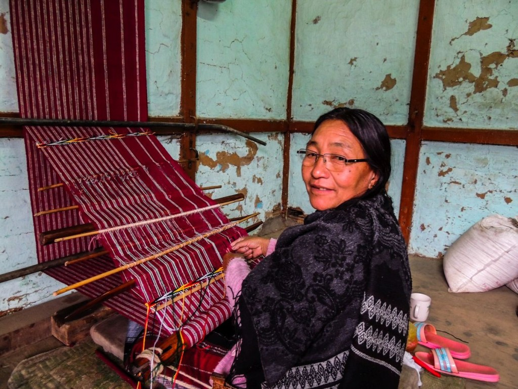 Monpa woman weaving a shinka